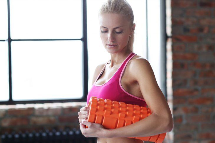 wsi-imageoptim-bigstock-Workout-Woman-in-the-gym-156184463-e1482755411921